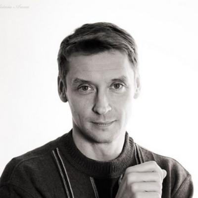 CryptoChicks-Board Member-Educator-Konstantin-Borovik